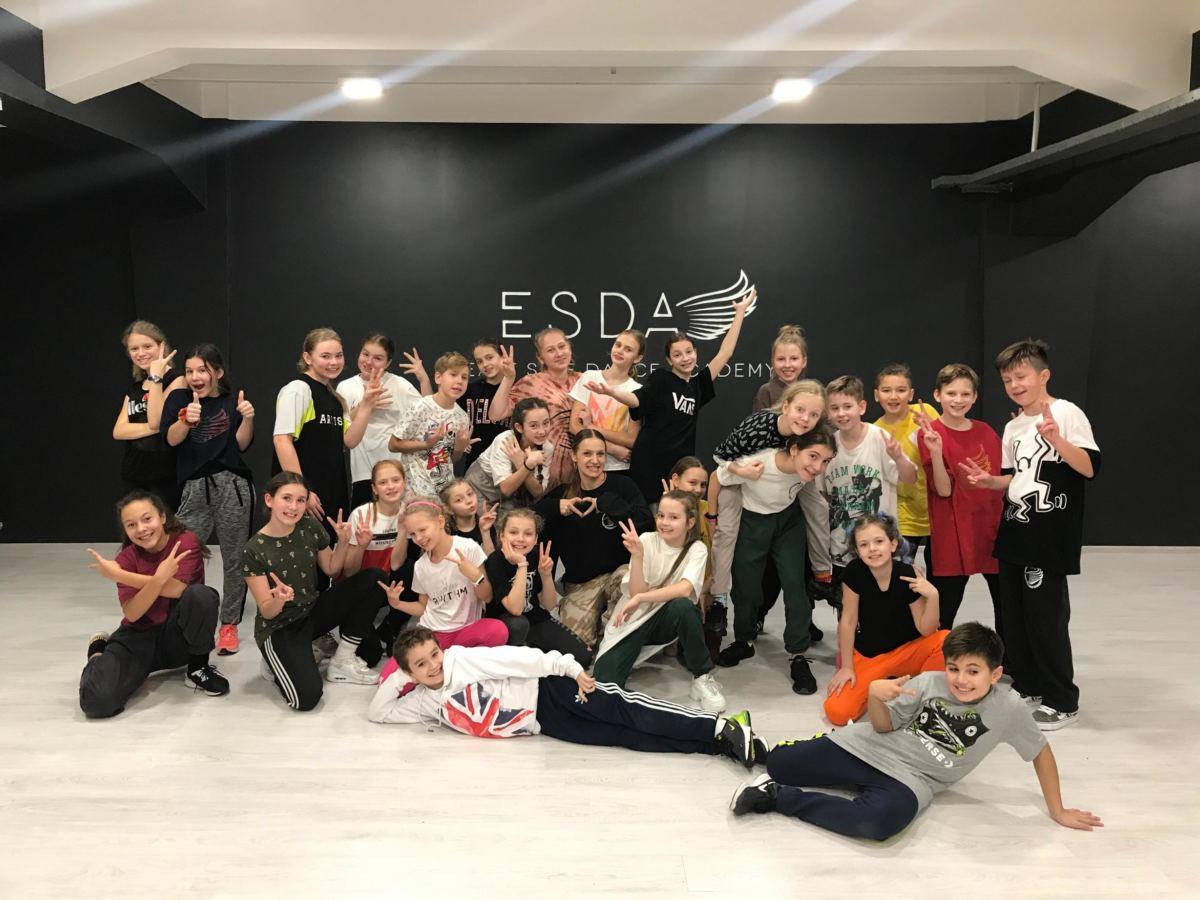 winter dance break kids 2019